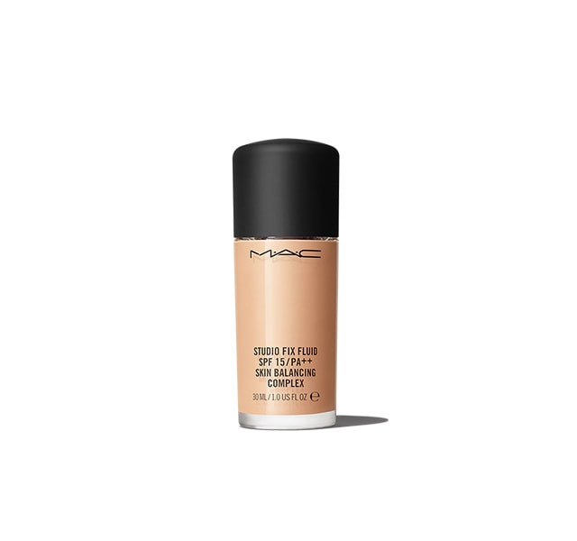 Studio Fix Fluid SPF15/PA++  Foundation Skin Balancing Complex